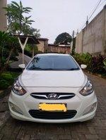 Hyundai Grand Avega 1.4 MT 2013 (PhotoGrid_1528347420080.jpg)