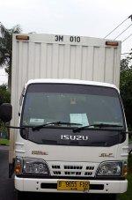 Elf: Isuzu Box 55 2.8cc Putih Tahun 2014 CDE 4 Roda (9) Unit Tangan Pertam (truck.jpg)