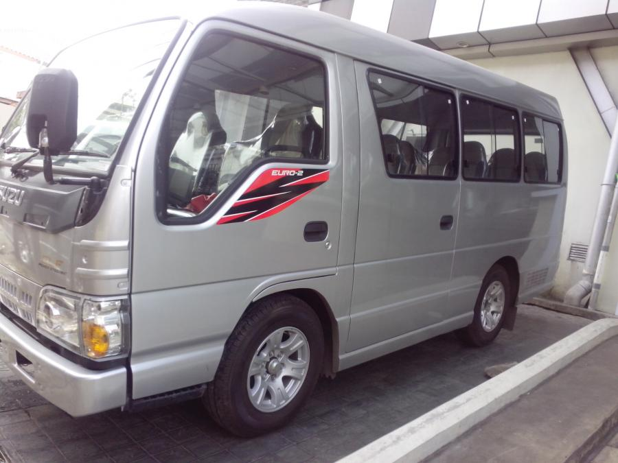 Jual Isuzu Elf Microbus 16 Kursi Silver Th 2017 ( Ac