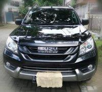 Jual Isuzu Mu-X 4x2 Diesel Matic 2014 Hitam