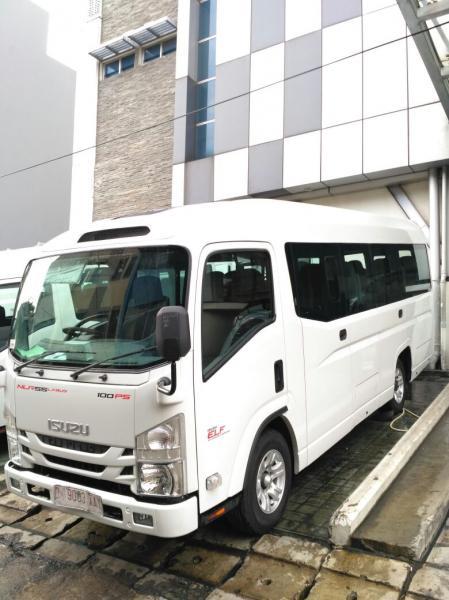 Isuzu Elf NLR Giga Microbus Long 20 Seat Tahun 2019 ( Unit