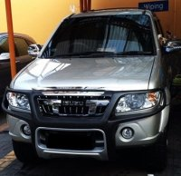 Jual Isuzu Panther Grand Touring 2011 Mulus