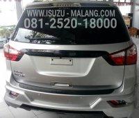 New Isuzu MU-X PREMIERE A/T (1485408600-picsay.jpg)