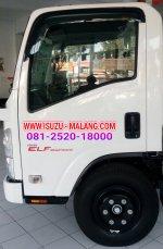 Isuzu: New ELF NMR71T, truk 6 ban, kabin baru dan 6 Speed (1485177479-picsay.jpg)
