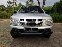 Isuzu: Panther Turbo LM MT Silver 2009