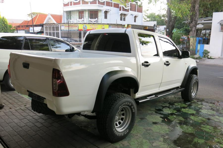 D-Max Rodeo: Isuzu DMax Double Cabin Manual 2011 ...