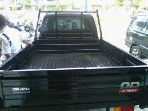 Isuzu Panther Pick Up Turbo Tahun 2017 - MobilBekas.com