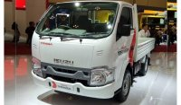 Panther: Isuzu TRAGA Pick Up FD Th.2020 ( Mobil Baru )