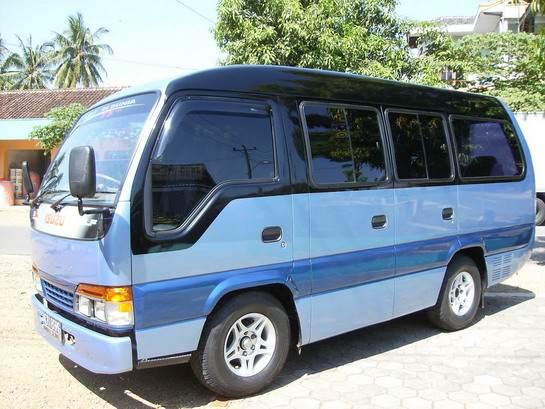 Jual Elf Ac isuzu minibus 2007 bekas turis asing ...