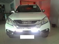 Panther: Isuzu Mu-X The Real 7 Seater (mu x.jpg)