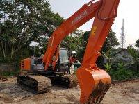 Jual Isuzu: Disewakan Excavator Hitachi 2017