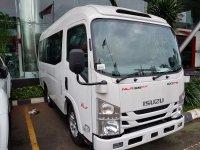Elf: Isuzu NLR Giga Microbus 20 Kursi New Armada (  Wajib Plat B ) (nlr--5.jpg)