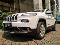 jeep cherokee 4x4 AT 2015 LIMITED (WhatsApp Image 2018-08-10 at 2.46.23 PM(1).jpeg)