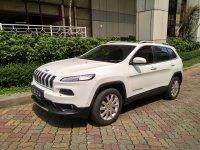 jeep cherokee 4x4 AT 2015 LIMITED (WhatsApp Image 2018-08-10 at 2.46.46 PM.jpeg)