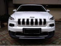 Jual Jeep Cherokee Limited 4x4 AT thn 2015