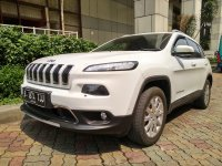Jual jeep Cherokee Limited 4x4 AT th 2015