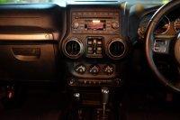 2011 Jeep Wrangler unlimited SPORT 3.8 AT TDP 265JT (381936C7-1B57-4E82-AEF2-D0CEA0734EEC.jpeg)