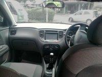 Kia Pride Murah MT Hatchback (Kia Pride Dalam Tengah.jpg)