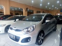 KIA: All New Rio 1.4 Manual Tahun 2013 / 2014 (kiri.jpg)