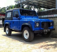 Jual Land rover Defender 90