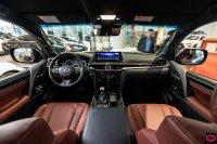 LX Series: 2018/19 Lexus LX 450d (52050-kupit-vnedorozhnik-lexus-lx-450d-black-edition-dnepr-2018-oficial-23.jpg)
