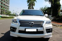 Jual LX570: LEXUS LX 570 AT PUTIH 2012