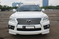 Jual LEXUS LX570 AT PUTIH 2012-UNIT ISTIMEWA