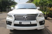Jual LEXUS LX570 AT 2012 PUTIH - GOOD CONDITION