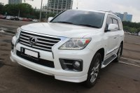 Jual LEXUS LX570 AT PUTIH 2012 - UNIT ISTIMEWA