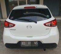 Jual Mazda 2: harga boleh sama kualitas jelas beda