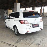 Mazda 8 A/T 2011 putih (54375699-FB92-41EE-9558-F90BCBF70786.jpeg)