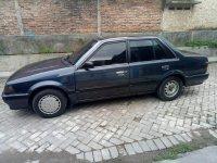 Mobil murah Mazda 323 tahun 1988 (e65bfcb4-46f1-4ae8-962c-19cbda6726dd.jpg)