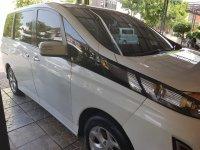 Mazda Biante 2.0 THN. 2012 Putih (d1951bf6-1bd1-405d-8d0b-9a8f83b172e9.jpg)