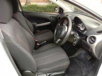 Mazda 2 R Hatchback 1.5 cc Automatic Th' 2012 (12.jpg)