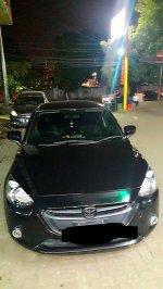 Jual Over Kredit Mazda 2 Skyactive 2014 Hitam Type V