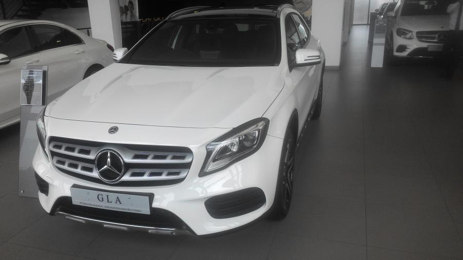 A Class: Mercedes Benz GLA 200 AMG Line - MobilBekas.com