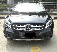 Mercedes-Benz A Class: Mercedes Benz GLA 200 AMG Line