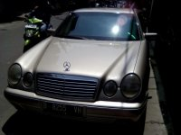 Mercedes-Benz 230TE: Jual Mobil Mercy NE E-230 tahun 1999
