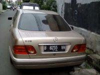 Mercedes-Benz 230TE: Jual Mobil Mercy NE E-230 tahun 1999 (Mobil-5.jpg)