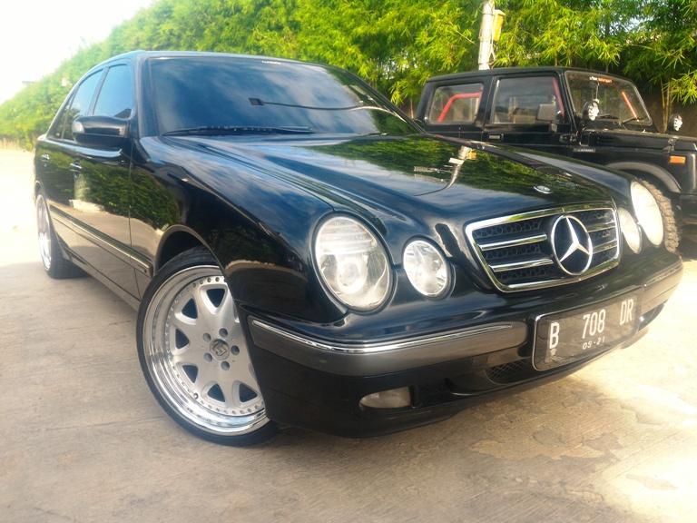 Mercy E240 New Eyes W210 At Elegance Black On Beige Brabus Sty Mobilbekas Com