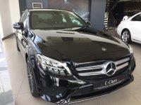 Mercedes-Benz C Class: Mercedez benz C 200 AVG (7C6C3166-CC54-45CE-8497-1E73E8F515E1.jpeg)