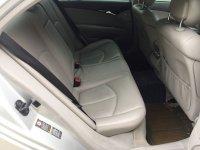 "Mercedes-Benz E Class: Mercedes Benz E200 Kompressor Mercy W211 thn 2005 ""Full Orisinil"" (Interior Belakang.jpg)"