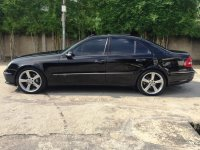 Mercedes-Benz E Class: Mercedes Benz E320 Avantgarde AMG Mercy W211 Panoramic KM 36rb AirSus (Samping Kiri.jpg)