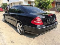 Mercedes-Benz E Class: Mercedes Benz E320 Avantgarde AMG Mercy W211 Panoramic KM 36rb AirSus (Belakang Kiri.jpg)