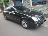 Mercedes-Benz E Class: Mercedes Benz E230 7G Tronic 2008 Pemakaian 2009 tangan pertama (e5a9f265-4d1e-43c2-b1a7-ee28fd47a08f.jpg)