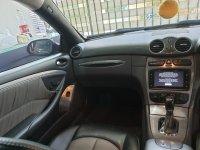 Mercedes-Benz: Mercedes Benz CLK 240 Hitam (597f1676-d475-4a16-9d84-444567f04682.jpg)