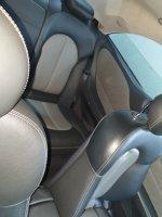 Mercedes-Benz: Mercedes Benz CLK 240 Hitam (d6dfc1c0-bced-4cae-a653-a15e2bb3928a.jpg)