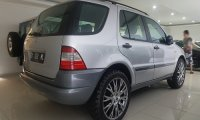 Mercedes-Benz ML Class: MercedesBenz ML320 2001