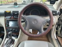 Mercedes-Benz E240: Jual Mercy C240 Tahun 2001