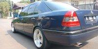 Mercedes-Benz C Class: Mercy C200 Manual Tahun 1995 (BlkPPC200-2.jpg)
